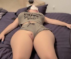 Thick Pussy HD